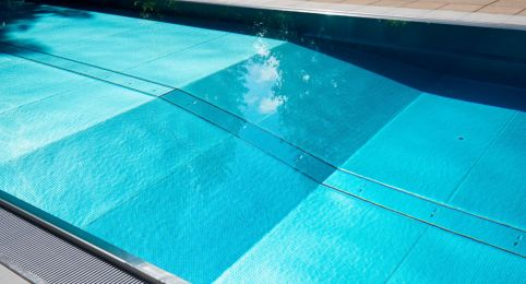 Schwimmbad beim Rancho in Laax