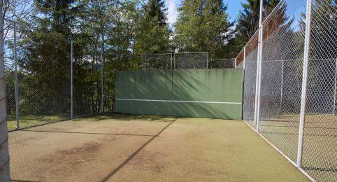 Übungswand Tennisplätze Laax